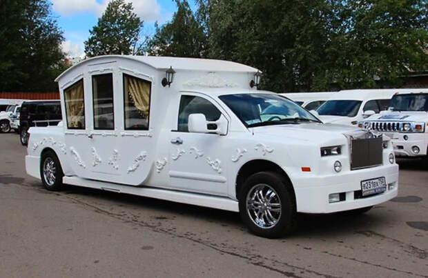13 совершенно ужасных на вид лимузинов из России и Украины