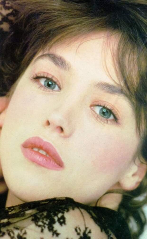Запомним ее молодой и красивой