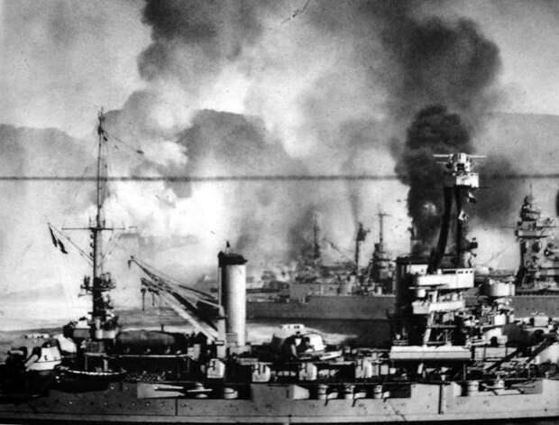 Французские корабли под огнем