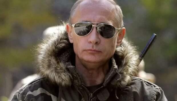 Америка вынуждает нас гордиться Путиным