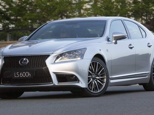 Lexus GS и LS стали жестче и получили новое оснащение