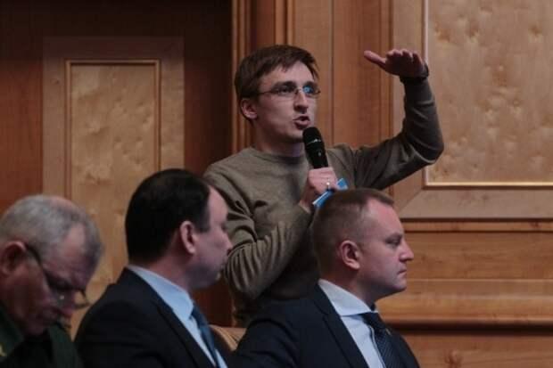 Парня обвинили в оскорблении власти после его просьбы к Роспотребнадзору предоставить данные о загрязнении воздуха