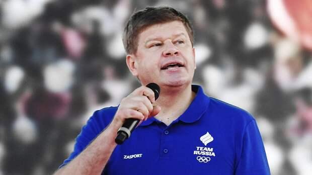 Губерниев: «Нужно обращать внимание на подготовку сборной России, а кто поет гимн — дело 10-е»