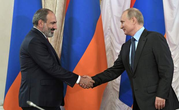Путин и Пашинян по телефону обсудили ситуацию в Нагорном Карабахе