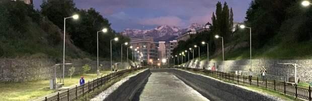 Реконструкцию вдоль русла реки Есентай в Алматы завершат до конца года