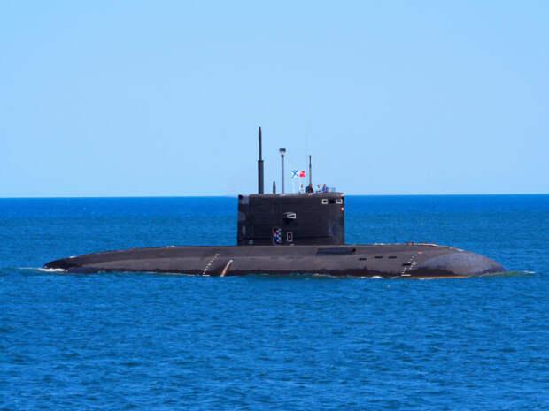 Подлодка «Великий Новгород» выпустила побоевикам в Сирии 14 ракет «Калибр»