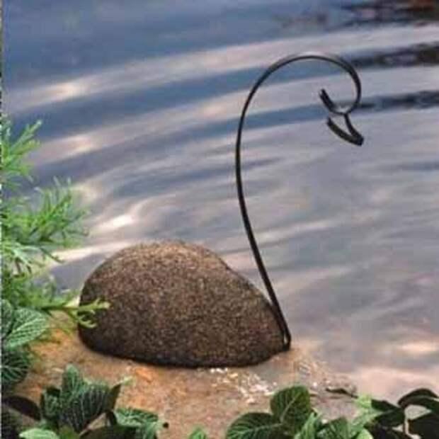 каменный лебедь для водного сада
