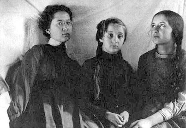 Как выглядели 7 женщин, которые разбивали сердца нашим любимым писателям и поэтам