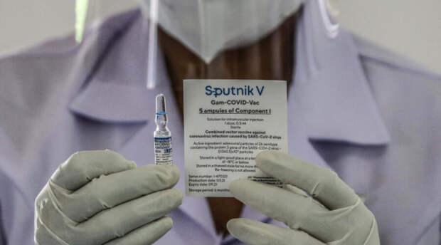 У российской вакцины нашелся союзник в Европе. Он потребовал допустить «Спутник V» в Евросоюз