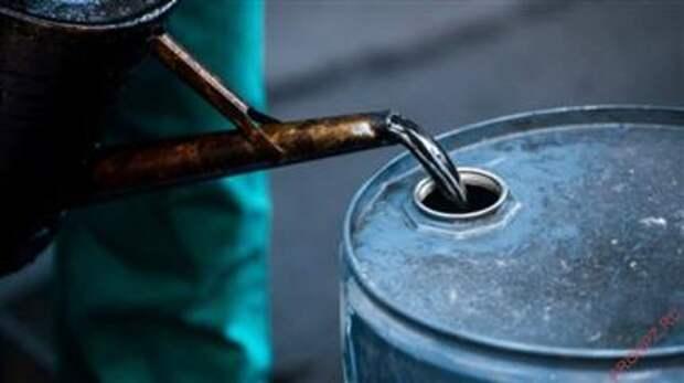 Fitch повысило прогноз стоимости нефти Brent в 2021 году до $63 с $58 за баррель