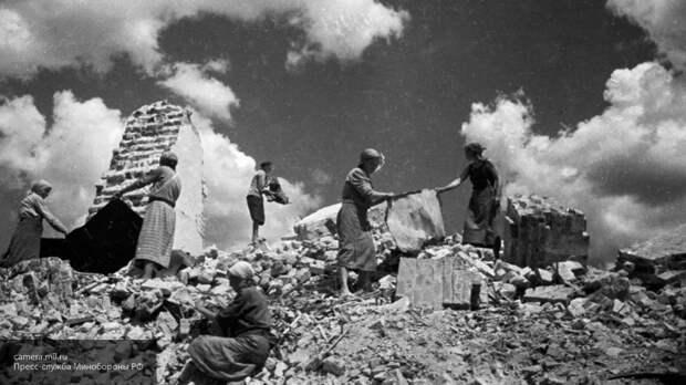 Колонка Юрия Кота: Русский День Победы — гордитесь подвигом своих дедов