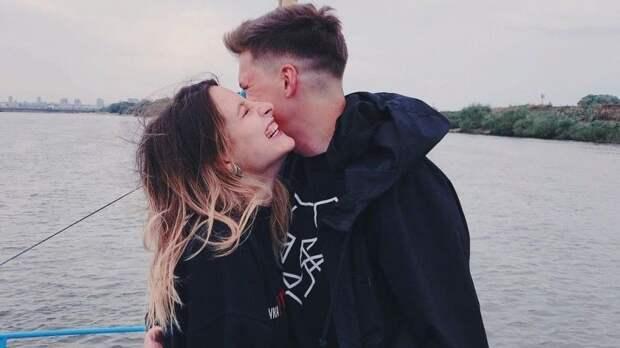 Теперь одна семья: старшая дочь Ивана Охлобыстина вышла замуж— видео
