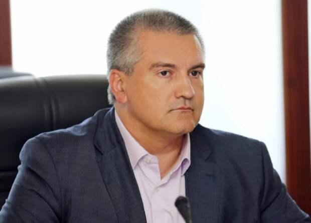 Аксенов оценил ситуацию в Крыму с ценами на топливо