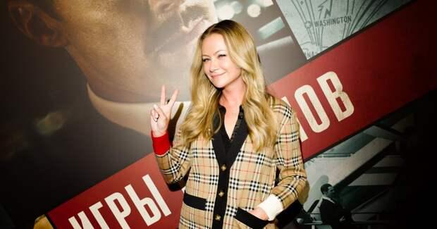 Мария Миронова представила в Москве фильм с Камбербэтчем