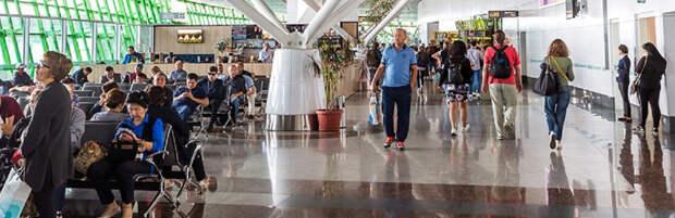 В аэропорту Нур-Султана открыли переход между терминалами