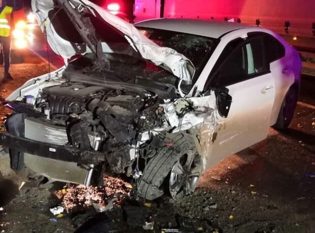Двое погибли и шестеро пострадали в аварии на «встречке» в Удмуртии