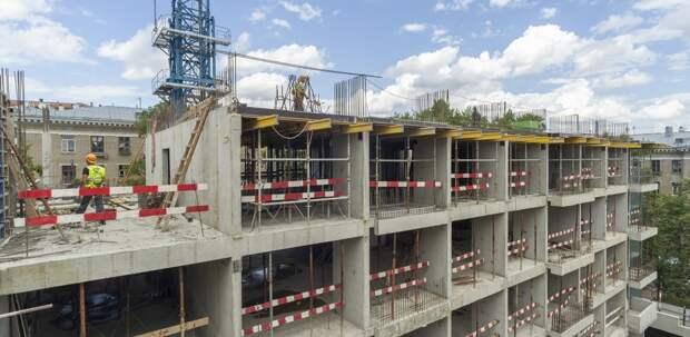 Семь домов для обманутых дольщиков ввели в Москве с января