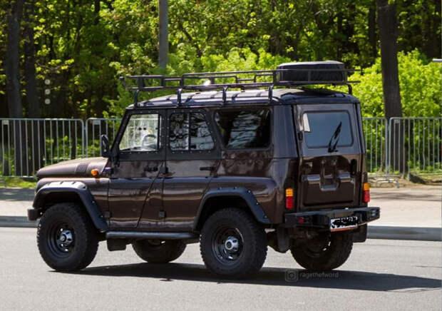 УАЗ Хантер отличный и вполне надежный автомобиль. И не нужно его сравнивать с Тойотами и проч. Отзыв владельца