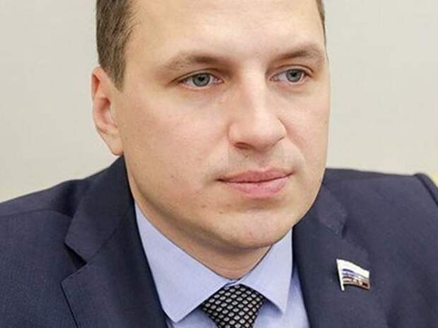 Обиженный парламентарий нажаловался сразу главе МВД