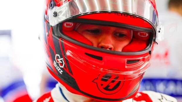 Петров поддержал Мазепина: «После удачных гонок все забудут про инцидент в Бахрейне»