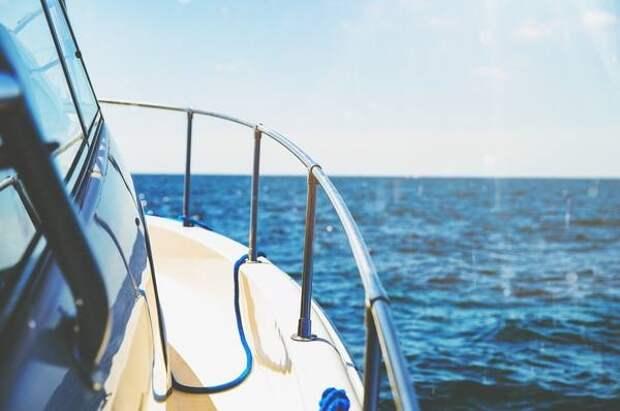 """И """"остаться без штанов"""": во сколько обойдется прогулка на яхте в Крыму и Сочи"""