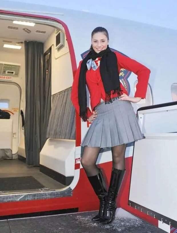 Ножки стюардесс. Подборка chert-poberi-styuardessy-chert-poberi-styuardessy-02020717092021-18 картинка chert-poberi-styuardessy-02020717092021-18
