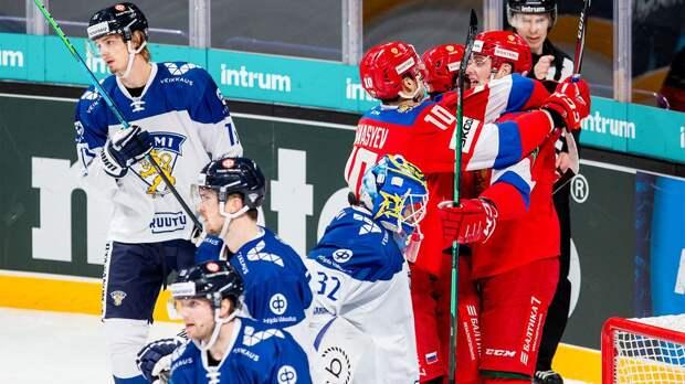 В Европе ругали сборную России за вызов молодежи на Кубок Карьяла. В ответ наши юниоры разобрались с хозяевами