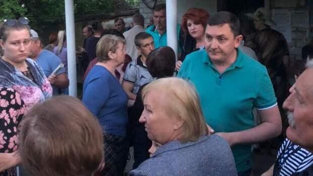 Жители садового товарищества на Ставрополье вторые сутки сидят без света
