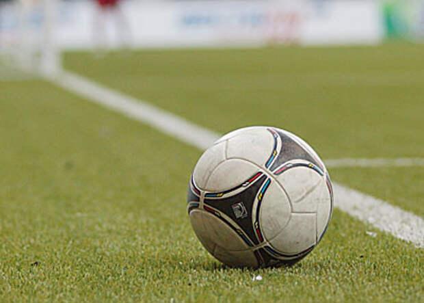 В Португалии 24-летний футболист потерял сознание во время матча и умер в больнице