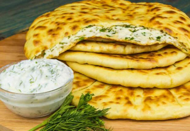 Домашние просят по пять штук: сочные хычины с сыром и картошкой