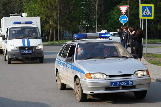 После школьной трагедии в Казани прошли пикеты у МВД и ФСБ