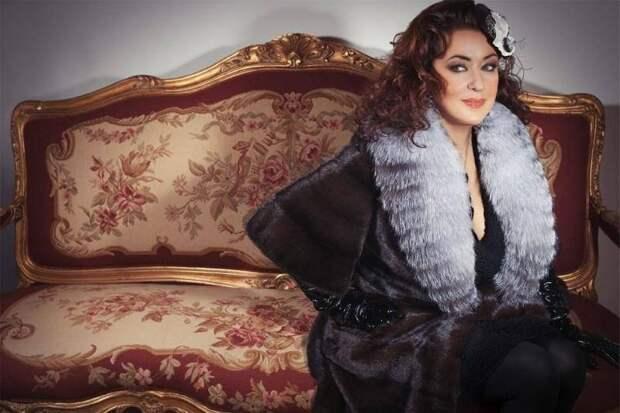 Несравненная Тамара Гвердцители поёт со сцены только для погибшего возлюбленного