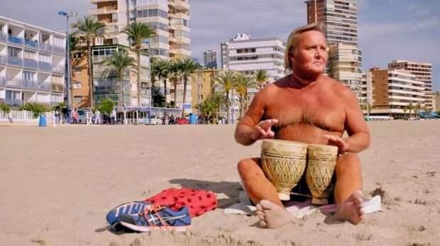 Развратная старость: как пенсионеры из Британии отдыхают на испанском секс-курорте