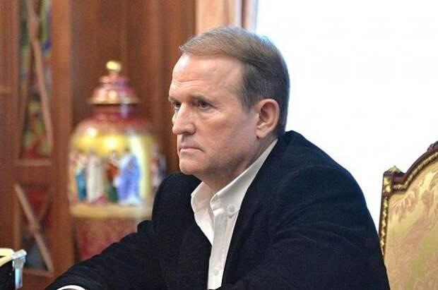 Адвокаты сообщили о готовности Медведчука явиться в Генпрокуратуру Украины