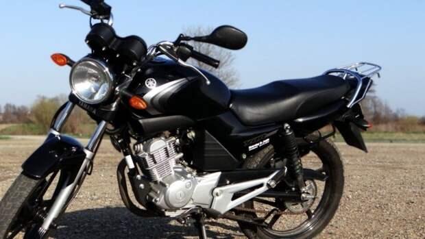 Мотоциклист погиб после столкновения с фурой под Лугой
