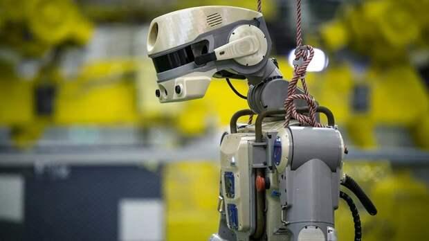 Эксперт прокомментировал тренировки робота FEDOR на МКС