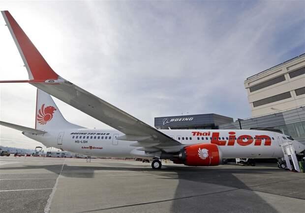 Сотрудники Boeing называли индонезийцев из Lion Air идиотами и не хотели их учить