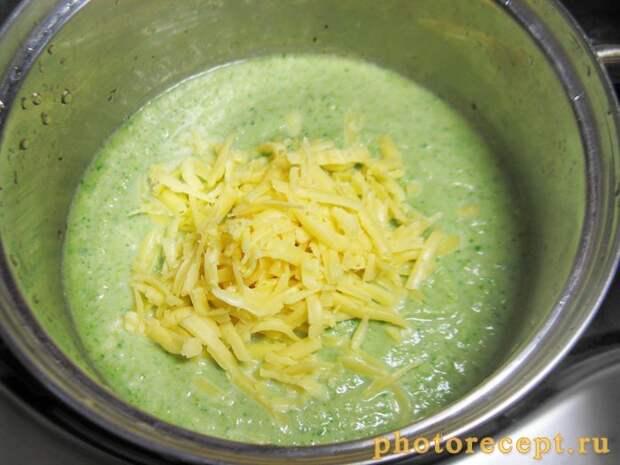 Фото рецепта - Суп-пюре с брокколи, цветной капустой и шпинатом - шаг 3