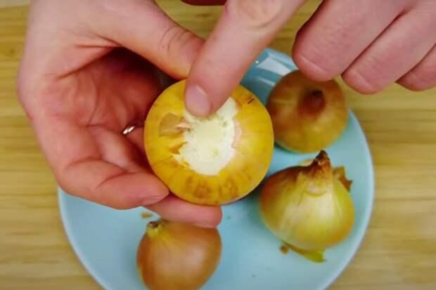 Как приготовить лук в духовке: вкус, будто приготовлен на мангале