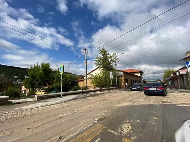 В Бахчисарае из-за ливня подтопило дома