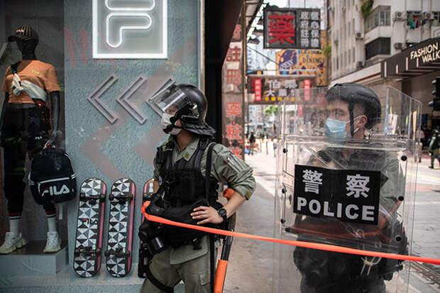 Китай введет санкции против США из-за закона «Об автономии Гонконга»