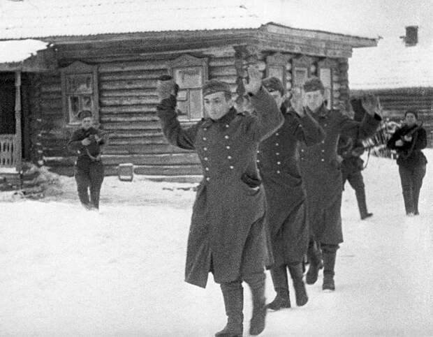 Как французы сражались против СССР, чтобы отомстить за Наполеона