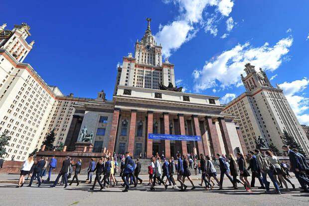 Восьмилетнюю москвичку-вундеркинда не взяли в МГУ