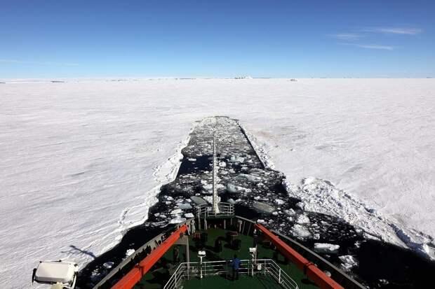 Россия опережает Штаты в Арктике по всем направлениям