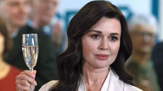 К 50-летию Анастасии Заворотнюк: стартовал показ нового сериала с актрисой