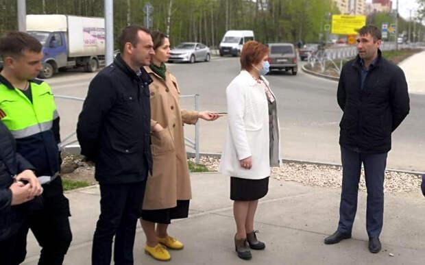 Сорокина осмотрела ремонтируемые дороги на улицах Шереметьевская и Песоченская