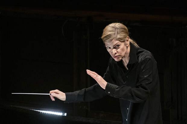 Опера «Дневник Анны Франк» и концерт Джошуа Белла: главные события мира классической музыки в мае