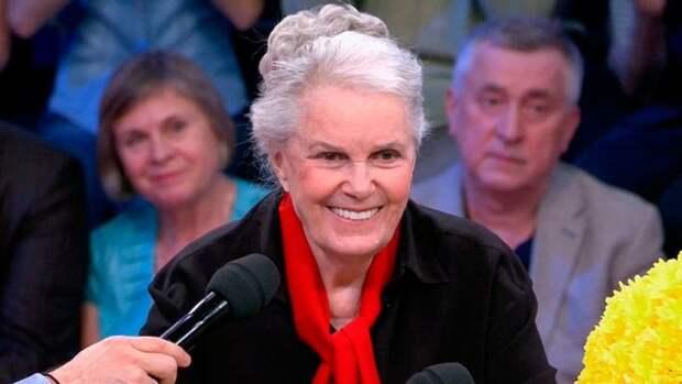 Сестра Быстрицкой выиграла суд у ее помощницы