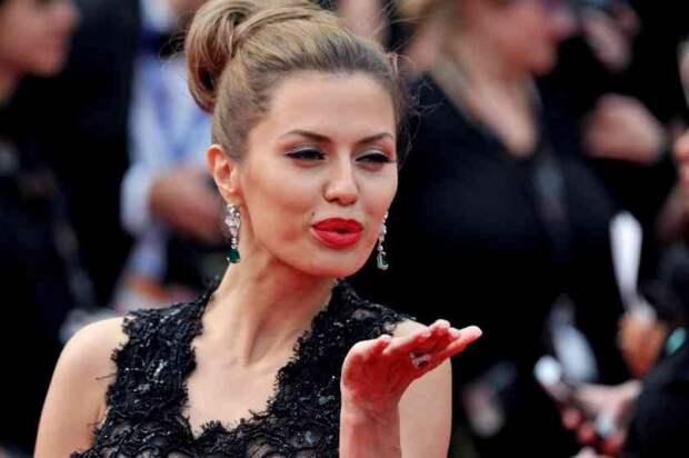 Аккаунт Бони заблокировали из-за романа с принцем Дубая