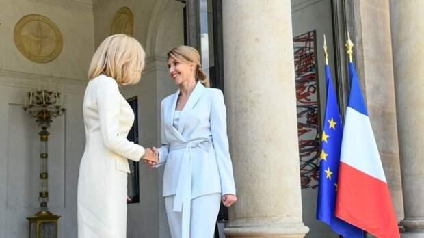 Украинцы критикуют Елену Зеленскую за дурной вкус в одежде